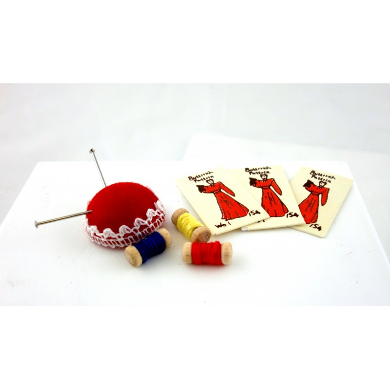 Dolls House Miniature 1:12 Scale Sewing Room Accessory Pin Cushion Cotton Set
