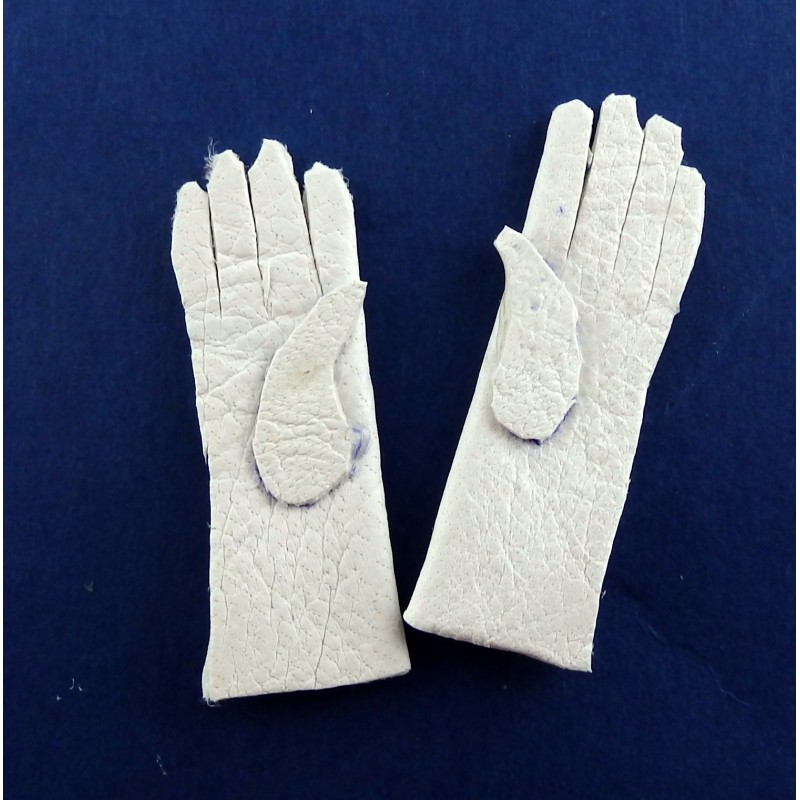 Melody Jane Dolls House Miniature Doll Accessory Victorian Lady Gloves in White