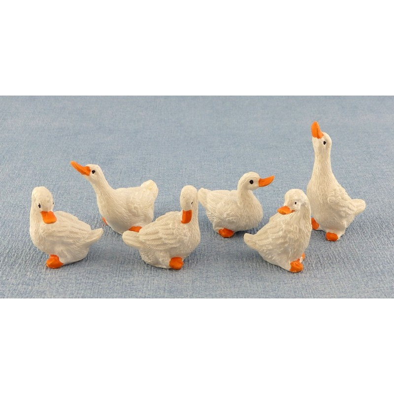 Dolls House Miniature Farm Yard Accessory Birds Set of 6 Geese