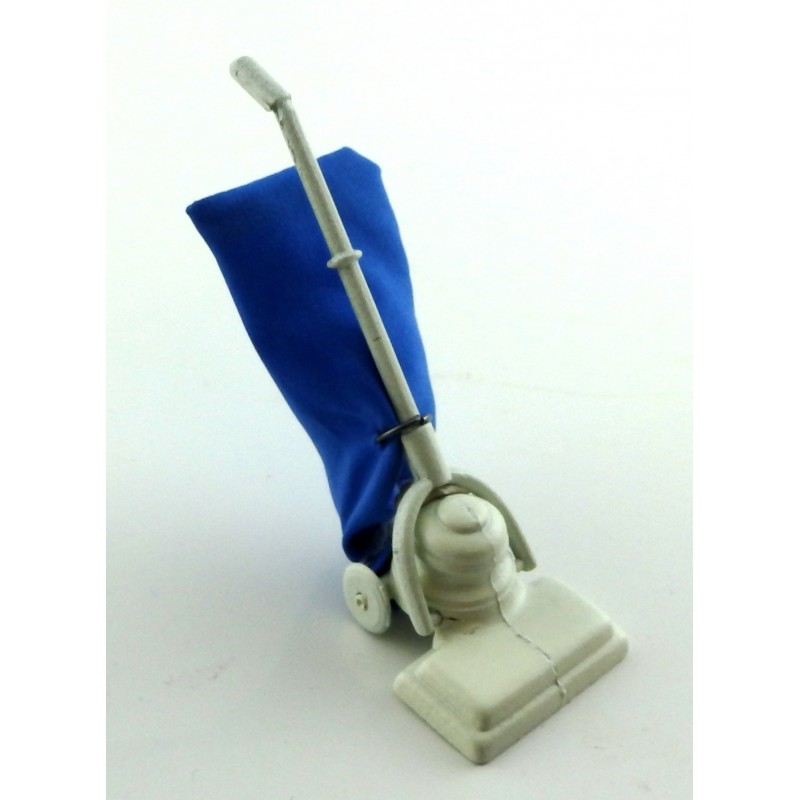 Dolls House 1950's Vacuum Cleaner Hoover Miniature 1:12 Housewife's Accessory