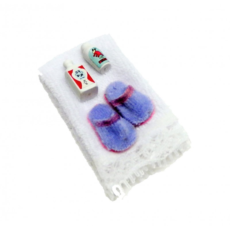 Dolls House White Towel Slippers & Bubble Baths Bathroom Accessory