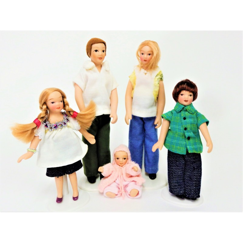 Dolls House Modern Summer Family Miniature Porcelain  People Figures