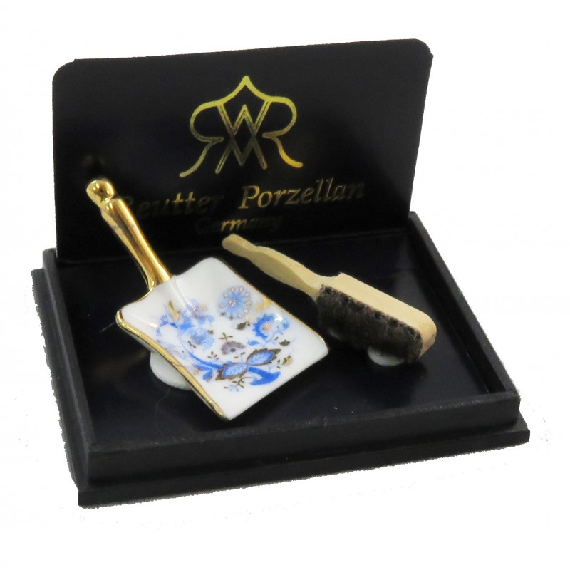 Dolls House 1:12 Accessory Reutter Porcelain Blue Gold Onion Dustpan and Brush